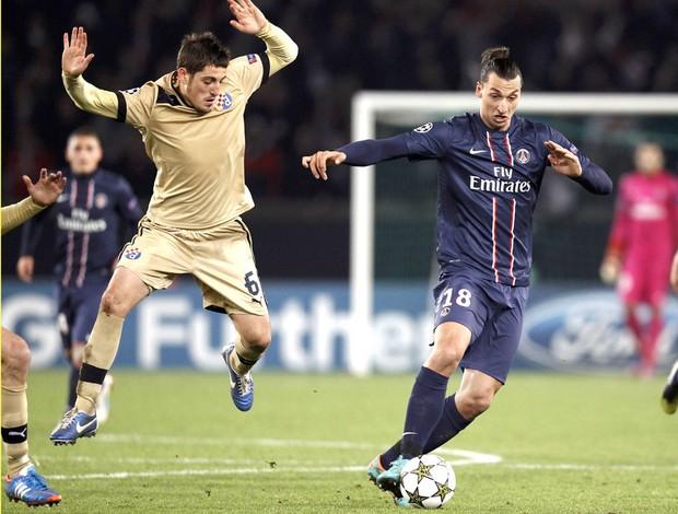 Ibrahimovic, PSG e Dinamo Zagreb (Foto: Agência Reuters)