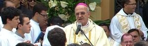 Missa campal reuniu milhares na Praça da República (Reprodução GloboNews)