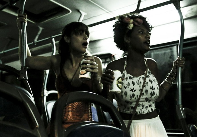 Rose e Débora estavam no ônibus dirigido por Waldir (Foto: Gabriel Nascimento/Gshow)