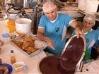 Votação elege peixe frito com açaí como o prato com a cara de Belém