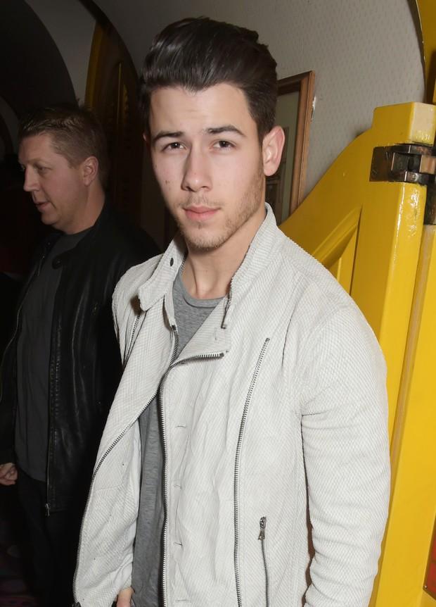 Nick Jonas em festa em Londres, na Inglaterra (Foto: David M. Benett/ Getty Images)