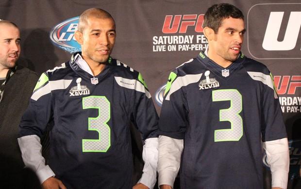 MMA - UFC encaradas Media Day - José Aldo e Renan Barão camisas Futebol Americano (Foto: Evelyn Rodrigues)