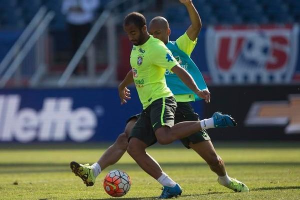 Brasil enfrenta os Estados Unidos em amistoso em Boston (Foto: Leo Correa/Mowa Press)
