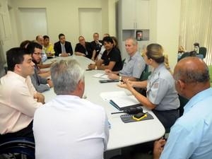 Câmara aciona PM e GM para discutir esquema de segurança em dia de protesto (Foto: Andrey Moral/Câmara de Piracicaba)