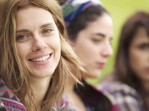 Carolina Dieckmann no filme 'Entre nós' (Foto: Divulgação)