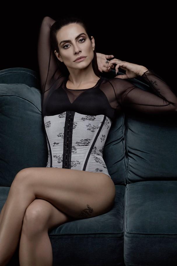Cleo Pires faz ensaio para grife de lingerie (Foto: Divulgação)