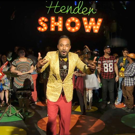 Alexandre Henderson fará uma viagem aos 80 em quadro do programa Como Será? (Foto: Divulgação)
