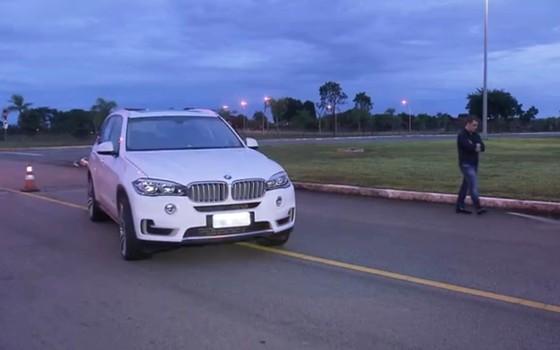 Carro que quase invadiu o Palácio da Alvorada pertence no último sábado (12) (Foto: Reprodução)