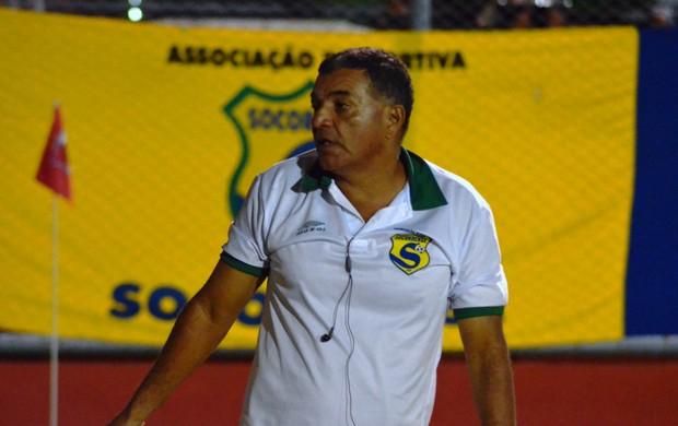 Edmilson Santos elogia garra dos 'heróis' (Foto: Thiago Barbosa/GLOBOESPORTE.COM)