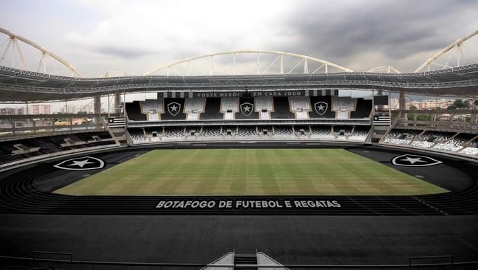 O Estádio Nilton Santos ficou lindo customiazdo com as cores e o escudo do Botafogo