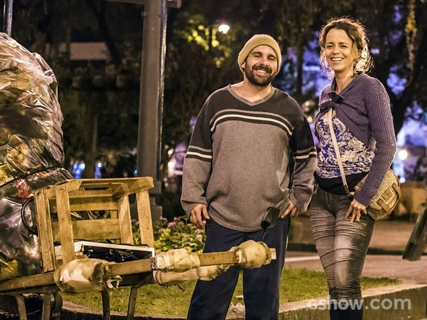 Jonas Torres contracena com Dani Barros em 'Império': 'Parceira extraordinária' (Foto: Paulo Belotte/TV Globo)