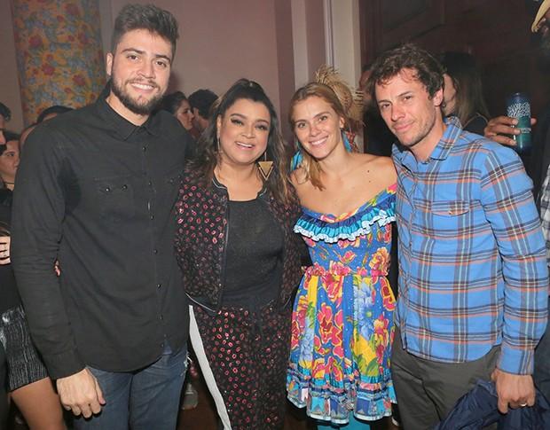 Rodrigo Godoy, Preta Gil, Carolina Dieckmann e Tiago Worcman (Foto: Reginaldo Teixeira/CS Eventos Divulgação)