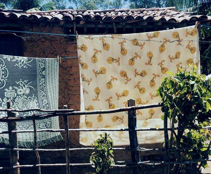 Bruna fotografa casas simples  (Foto: Reprodução / Instagram)