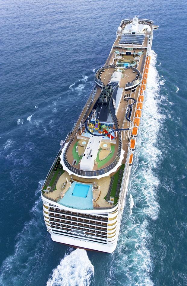 O navio MSC Preziosa visto de cima (Foto: Divulgação/MSC)