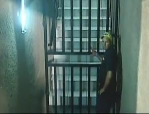 Árbitro relata portão trancado na súmula do jogo ABC x São Caetano (Foto: Reprodução/Premiere FC)