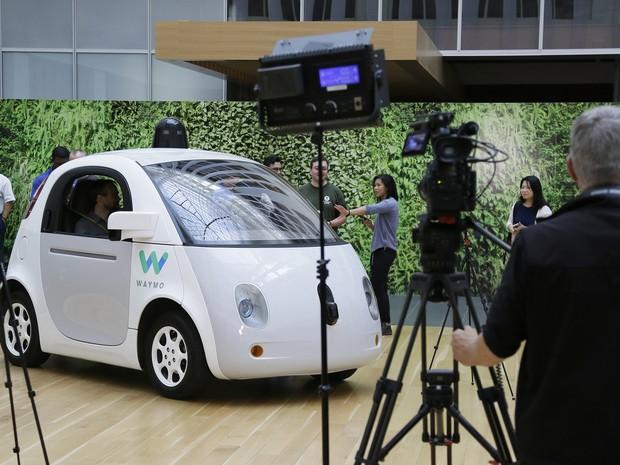 Projeto de veículo autônomo do Google vai ser desenvolvido pela Waymo (Foto: AP / Eric Risberg)