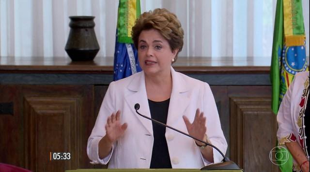 Dilma Rousseff propõe plebiscito para população decidir se quer novas eleições