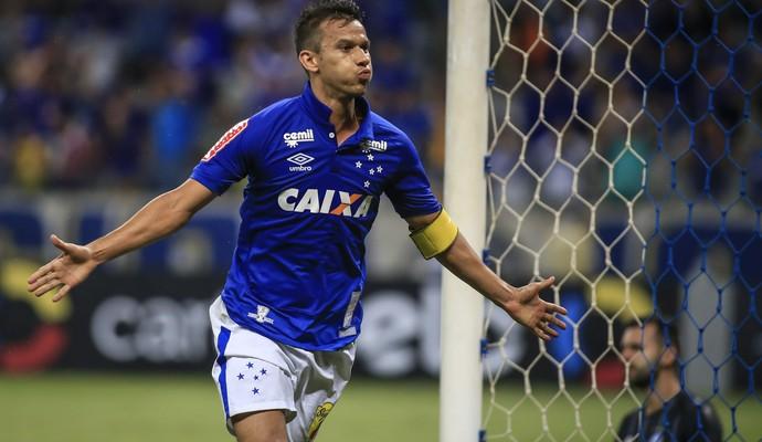Henrique Cruzeiro x Grêmio (Foto: Thomas Santos / Agência Estado)