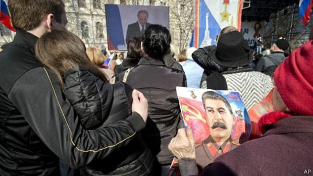 """A Rússia avisou aos Estados Unidos que as sanções ocidentais impostas após o referendo na Crimeia são """"inaceitáveis"""" e que """"terão consequências"""". (Foto: AP)"""