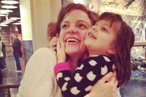 Maria Eduarda e a filha, Luiza (Foto: Reprodução)