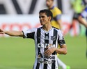 Magno Alves chega aos 98 gols, supera Da Costa e cola em Zé Eduardo