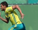 Com três retornos, Cuca relaciona 23 jogadores contra o Santa Cruz