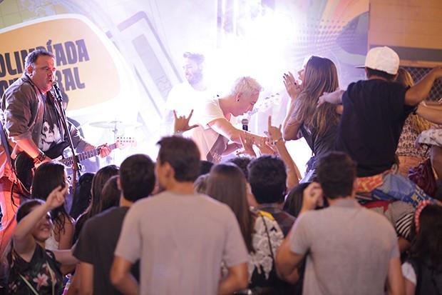 NX Zero bombaram em Malhação! (Foto: Malhação / TV Globo)