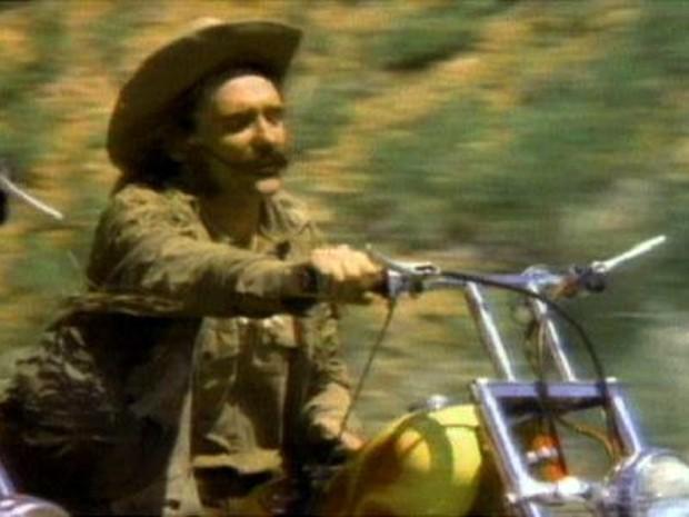 GNews - Dennis Hooper em 'Easy Rider' (Foto: globonews)