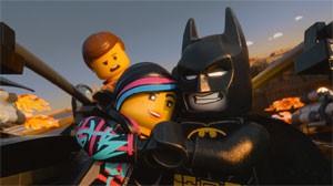 Batman e outros personagens conhecidos aparecem em formato de Lego no filme (Foto: Divulgação/Warner Bros.)
