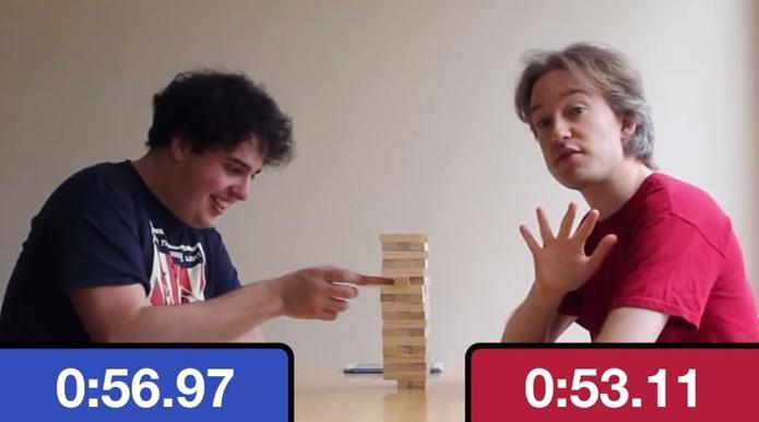 Matt Gray (esquerda) e Tom Scott (direita), criadores do Emojli (Foto: Reprodução/YouTube)