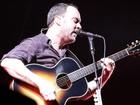 Dave Matthews faz 'bailinho' e Incubus atrai público feminino em SP
