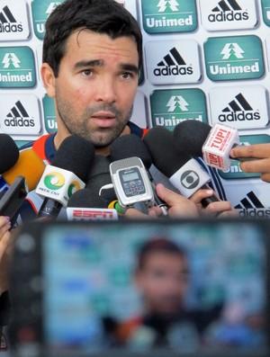 Deco entrevista Fluminense (Foto: Edgard Maciel / Globoesporte.com)