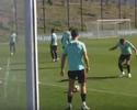 Pepe tenta imitar Cristiano Ronaldo em treino de Portugal, mas se frustra