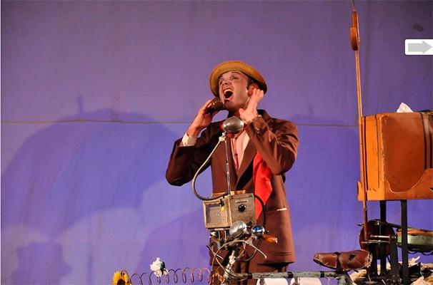 André Casaca dirige e encena o espetáculo 'Tranquilli!!!' (Foto: Divulgação)