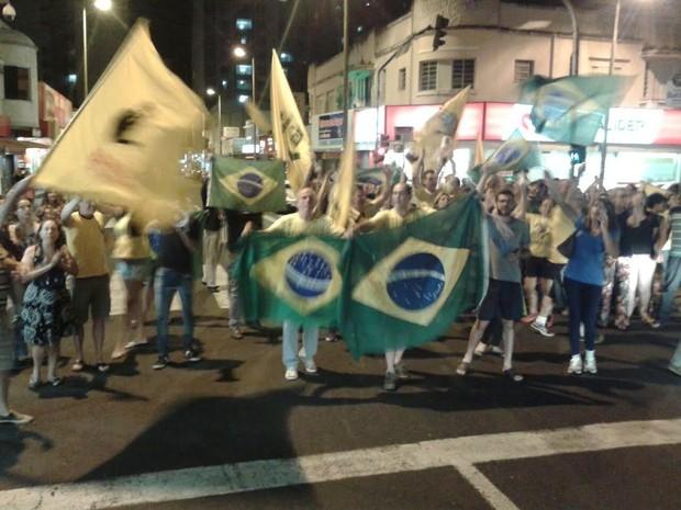 Protesto em Uberlândia (Foto: Marcos Ribeiro/G1)