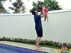 Jonathan Costa posa com a filha, Maithe, para especial de Dia dos Pais do EGO