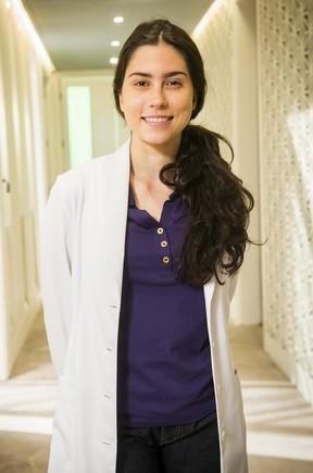Olivia Torres como Débora na novela Totalmente Demais (Foto: Globo/João Miguel Júnior)