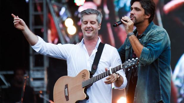 Victor e Leo (Foto: Felipe Costa / Multishow)