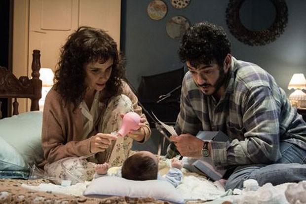 Débora Falabella e Marcus Veras em cena do filme 'O filho eterno' (Foto: Rosano Mauro/Divulgação)