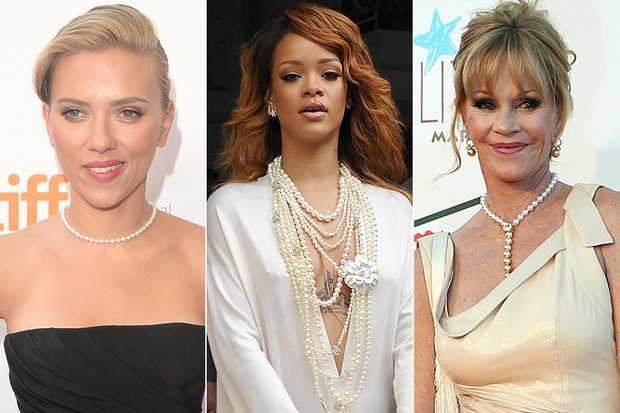 Jóias com pérolas - Scarlett Johansson, Rihanna e Melanie Griffith (Foto: AFP | Getty Images)