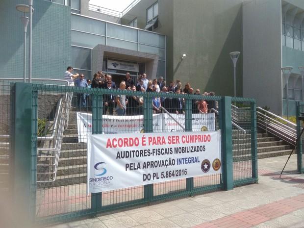 Greve dos auditores da Receita Federal começou nesta terça (18) (Foto: Edmir Paes e Lima/Divulgação)