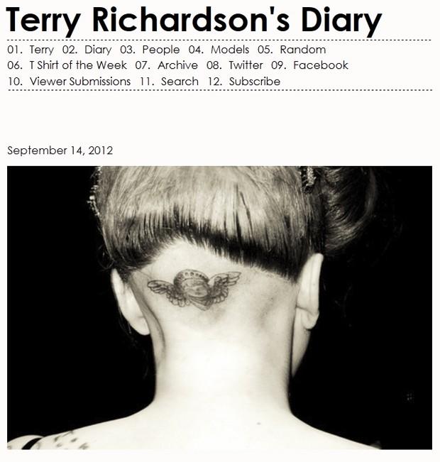 Lady Gaga tatuou um anjo na parte de trás da cabeça (Foto: Reprodução/Terrysdiary.com)
