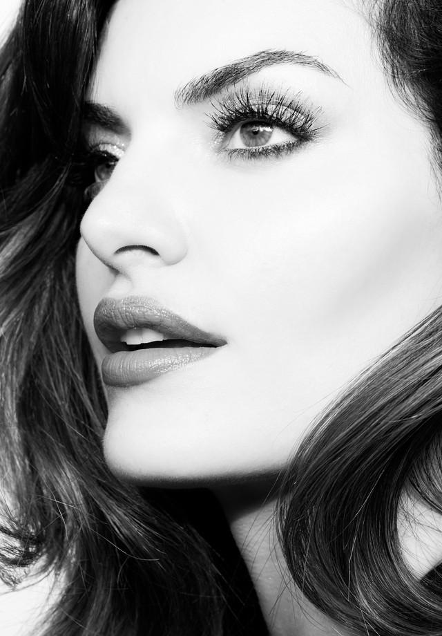 Mayara Neiva (Foto: Pino Gomes, com beleza por Ricardo Tavares e produção de Paulo Zelenka)