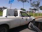 Servidor usa carro oficial para fazer frete de eletrodoméstico em Taubaté