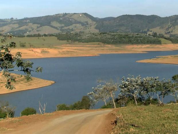 Represas do Sistema Cantareira não registram alta no nível dos reservatórios  (Foto: Reprodução TV Globo)