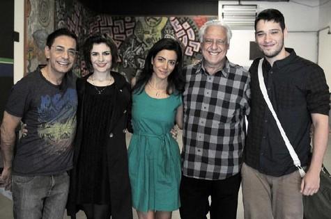 Cunha Jr., Arieta Corrêa, Marina Person, Antonio Fagundes e Bruno Fagundes (Foto: Jair Magri)