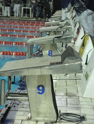 Blocos natação (Foto: David Abramvezt)