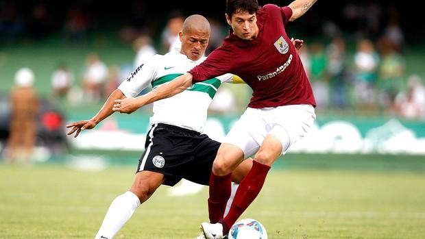 Alex na partida do Coritiba contra o J Malucelli (Foto: Ag. Estado)
