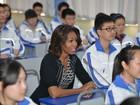 Michelle pede que líderes mostrem coragem na luta pela educação