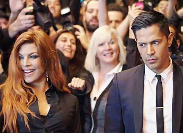 Fergie e Jay Hernandez em cena do clipe de Save It Til Morning (Foto: Reprodução)
